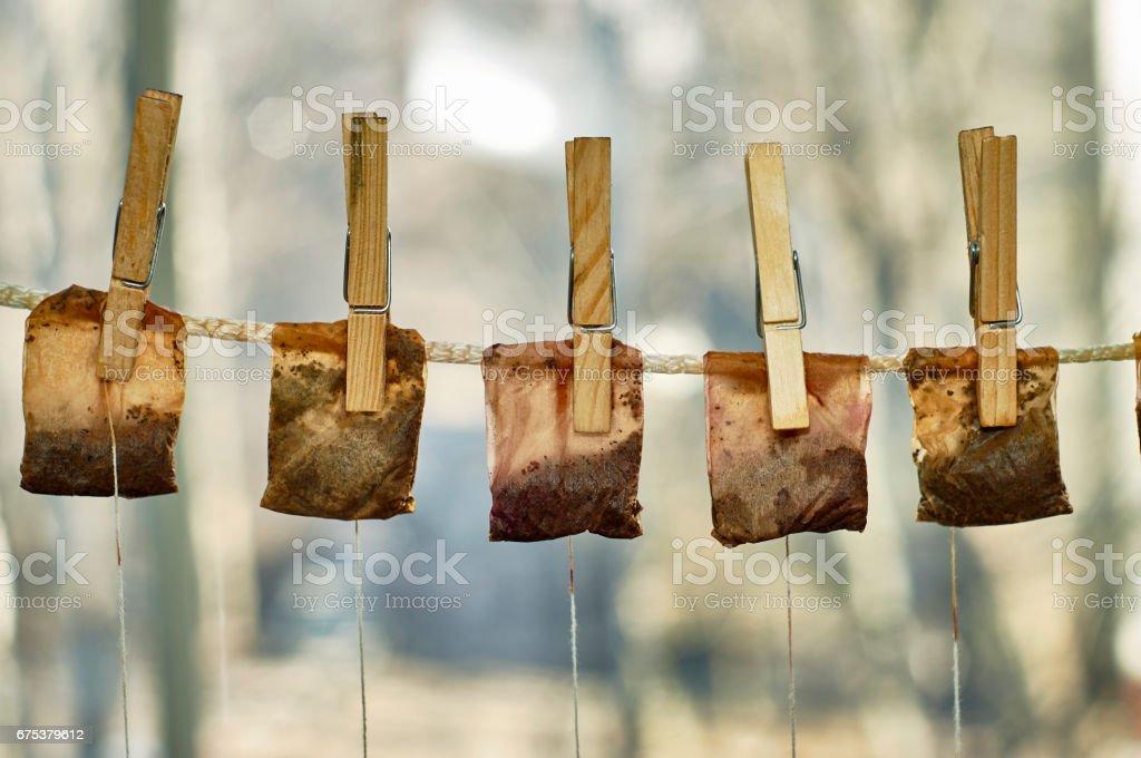 Trocknen Sie Teebeutel aufhängen auf der Wäscheleine – Foto
