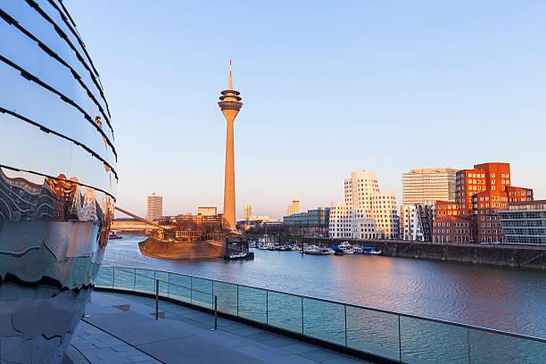 Düsseldorfer MedienHafen, Deutschland – Foto