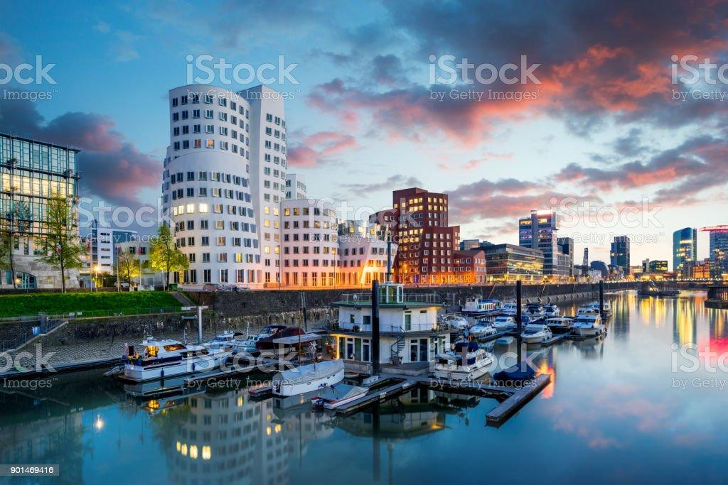 Düsseldorfer Medienhafen in Deutschland Lizenzfreies stock-foto