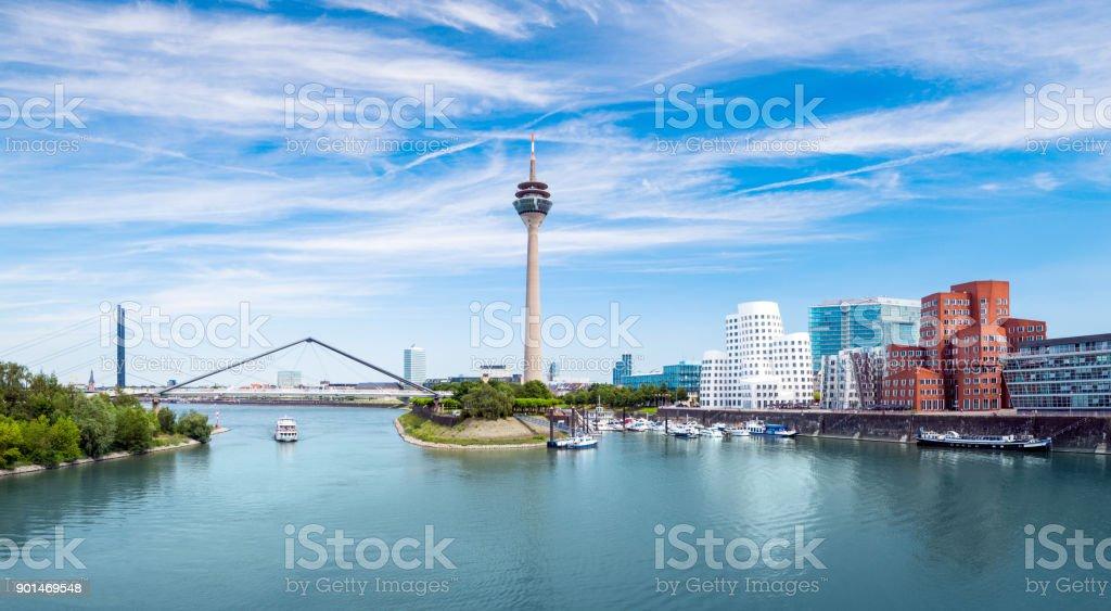 Düsseldorfer Medienhafen in Deutschland - Lizenzfrei Architektur Stock-Foto