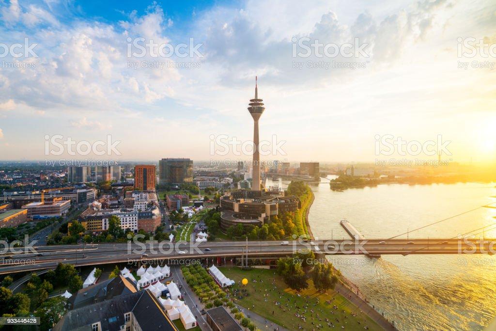 Düsseldorfer Medienhafen – Foto