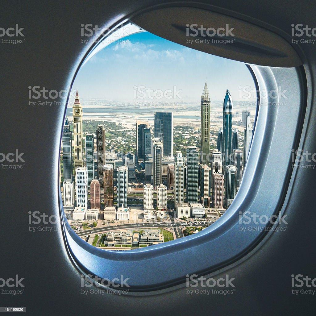 skyline von dubai aus dem Flugzeug - Lizenzfrei 2015 Stock-Foto