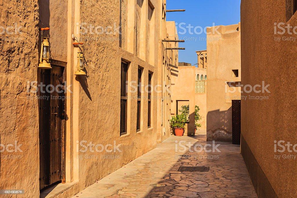 Dubai, UAE - 19. Jahrhundert Straße und Häuser in Bastakiya – Foto