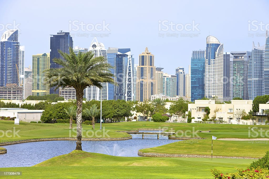 Dubai UAE-Golf und moderne skyline – Foto
