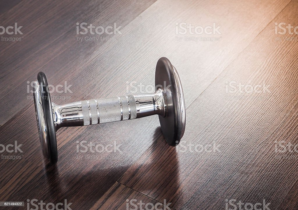 Dumbbell in at the gym room Lizenzfreies stock-foto