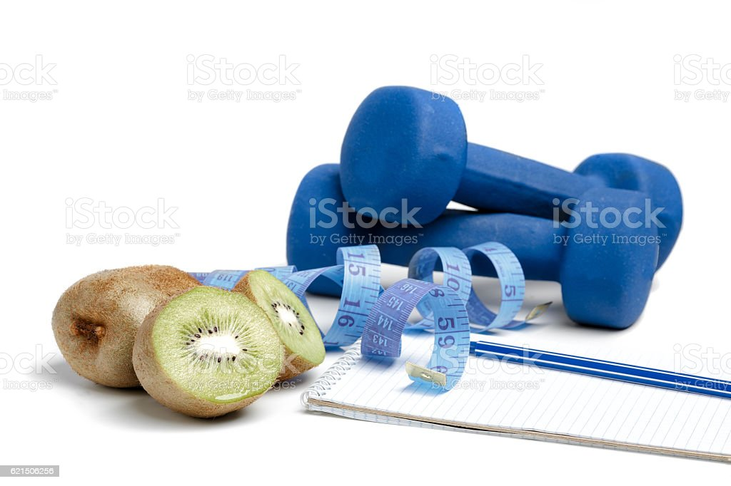 dumbbells, kiwi and water Lizenzfreies stock-foto