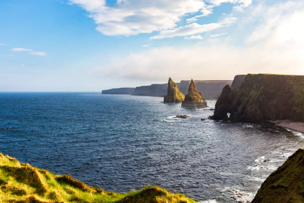 Duncansby Stacks near John o Groats The Duncansby Stacks near John o Groats north coast 500 stock pictures, royalty-free photos & images