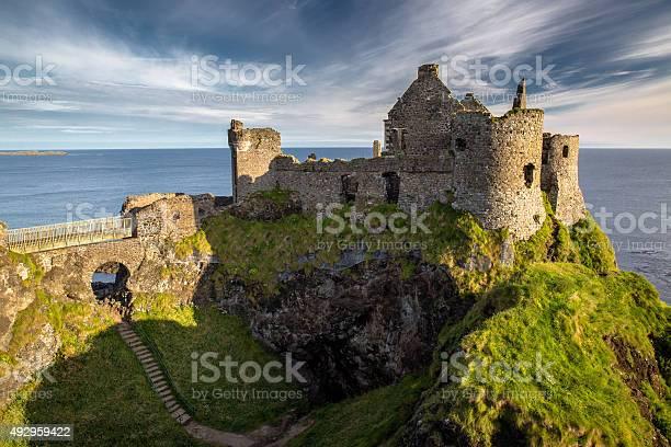 Dunluce Castle Stockfoto en meer beelden van 2015