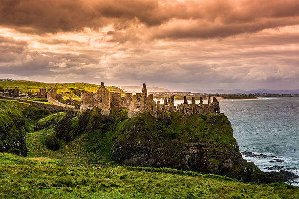 Castillo de Dunluce - foto de stock