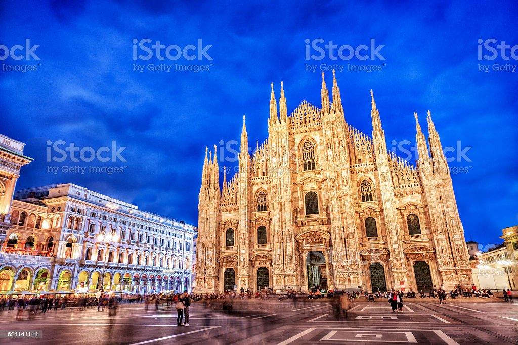 Duomo di Milano et Galleria Vittorio Emanuele II de nuit, Italie - Photo