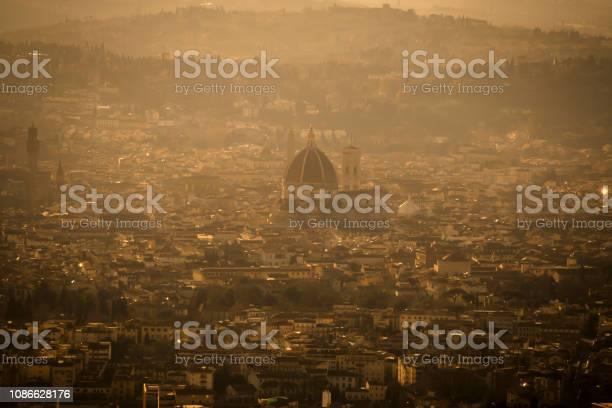 Duomo florence italy picture id1086628176?b=1&k=6&m=1086628176&s=612x612&h=asto5m7y7wacveyj8 zt89fycg4iq3qhpjv7pknbaqq=