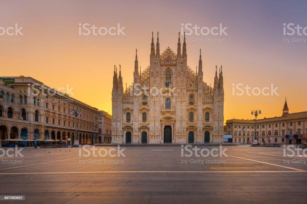 Cathédrale gothique du Duomo Milan - Photo