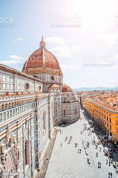 Duomo in florence picture id598141446?b=1&k=6&m=598141446&s=612x612&h=faypldindvj1g43hnxixpyjx7dgadj6uz4tp53lhr3g=