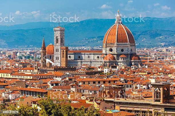 Duomo santa maria del fiore in florence italy picture id496491824?b=1&k=6&m=496491824&s=612x612&h=hdzci8rttnr y3ypu5zmkhbwro5h82jjzgcpwjbvq1q=