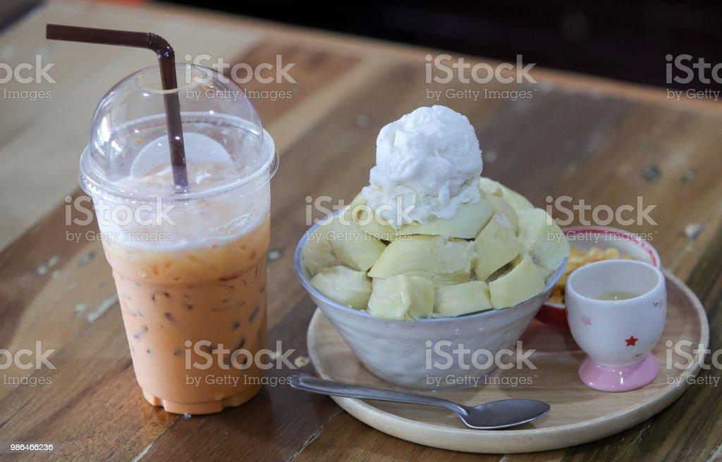 두리안 과일 믹스와 크림 스톡 사진