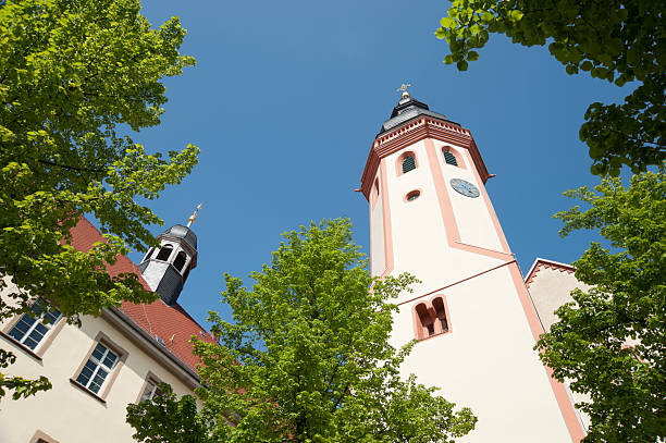 durlach kirche tower - karlsruhe schloss stock-fotos und bilder