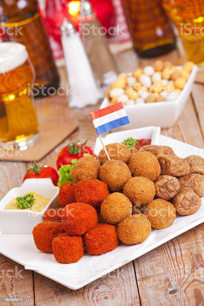 Niederländische Küche | Niederlandische Kuche Bittergarnituuroderbitterballen Frittierte