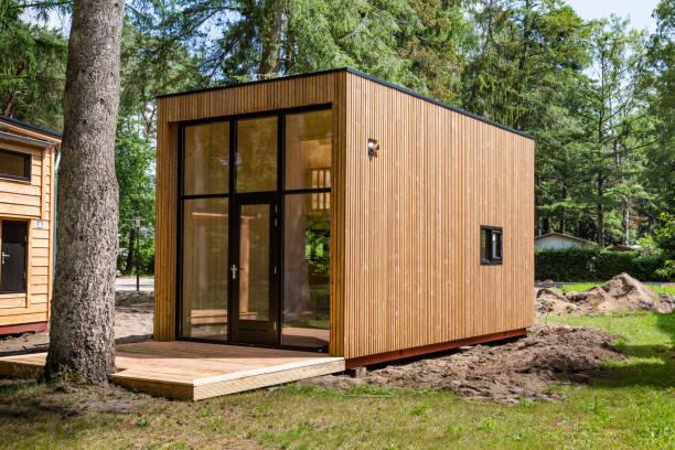Hollandse houten kleine huisjes foto