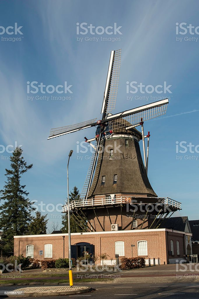 Duthc windmill in Arnhem foto