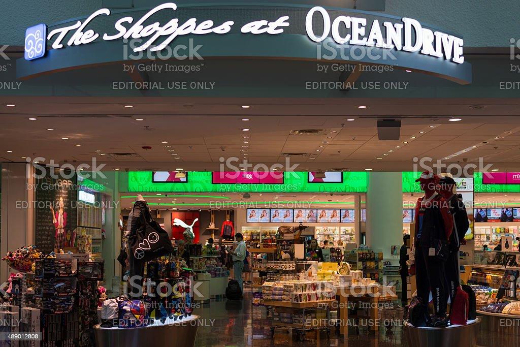 eb0f2dfa5 Duty Free Oceandrive Store At Miami International Airport Stock ...