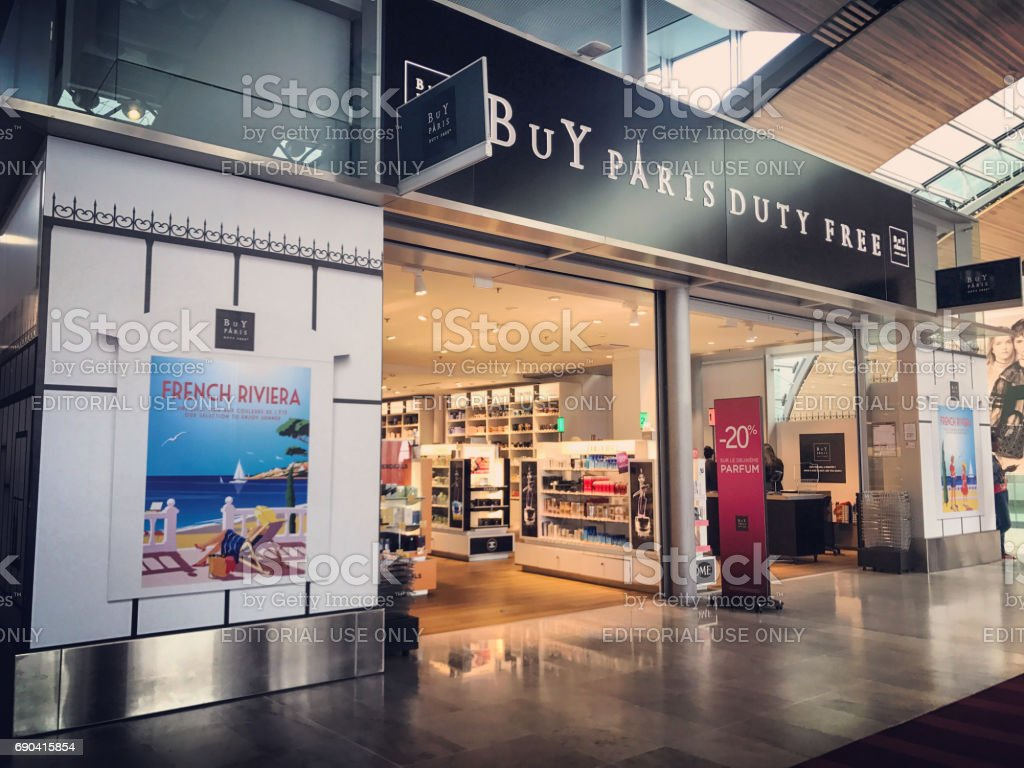 Duty Free Shops At Roissy Charles De Gaulle Airport Paris France Relay Terminal 3 Cdg Royalty