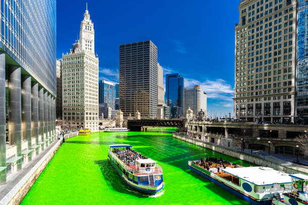 Dyeing River Chicago St' Partick Day. – Foto