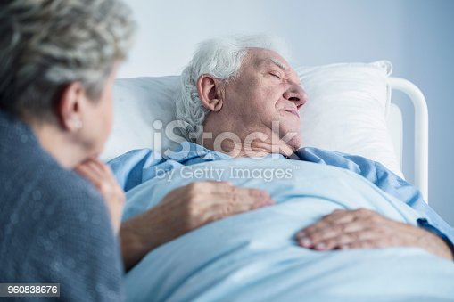 886711404 istock photo Dying man in the hospital 960838676