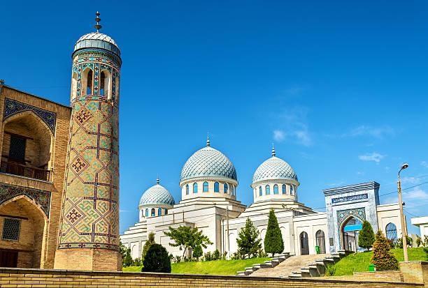 dzhuma mosque in tashkent - uzbekistan - oezbekistan stockfoto's en -beelden