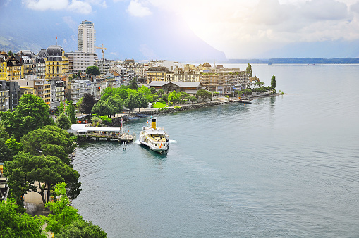 Early morning view of Geneva lake coast.