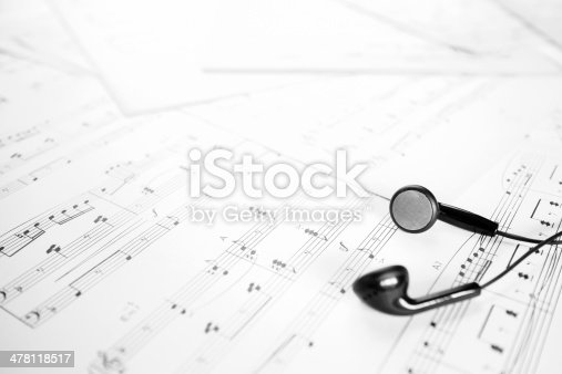 istock earphone on music sheet 478118517
