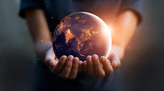 Earth At Night Was Holding In Human Hands Earth Day Energy Saving Concept Elements Of This Image Furnished By Nasa - zdjęcia stockowe i więcej obrazów Bezpieczeństwo
