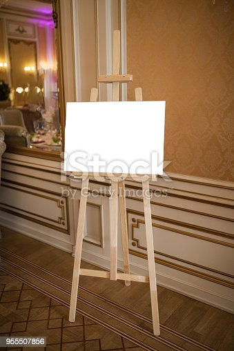 1021586250istockphoto Easel for drawing 955507856