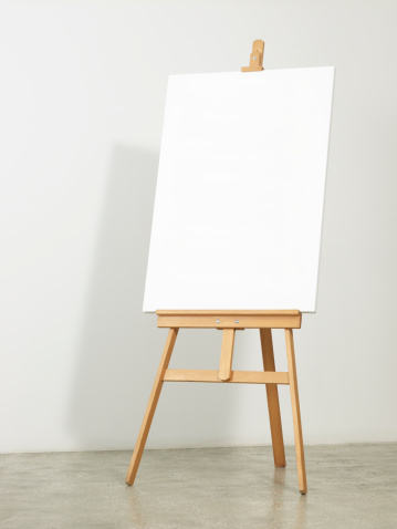 istock Easel with vertical canvas 186816404