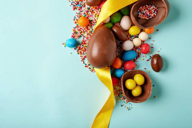 부활제 초콜릿 에그스 - 부활절 달걀 뉴스 사진 이미지