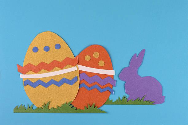 Uova di Pasqua e coniglio - foto stock