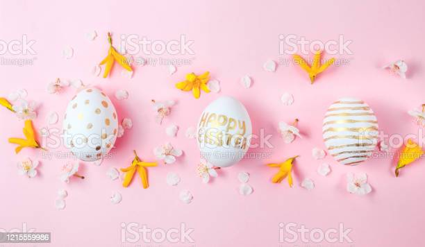 Easter eggs in the form of a unicorn and eaggs with gold pattern on picture id1215559986?b=1&k=6&m=1215559986&s=612x612&h=ggouc8mkqysjf vxfeu90bt caohuly5gvriqqbvr u=