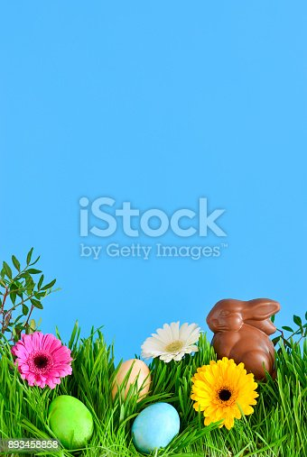 istock Easter greeting card template 893458858