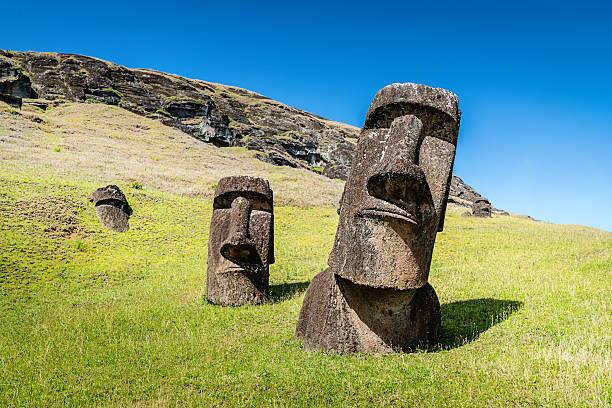 easter island statues rano raraku moais rapa nui - south america travel stock photos and pictures