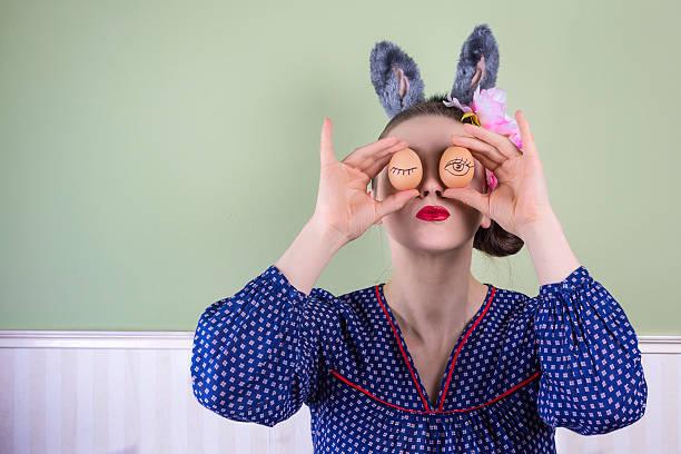 Ostern Frau mit Häschenohren – Foto