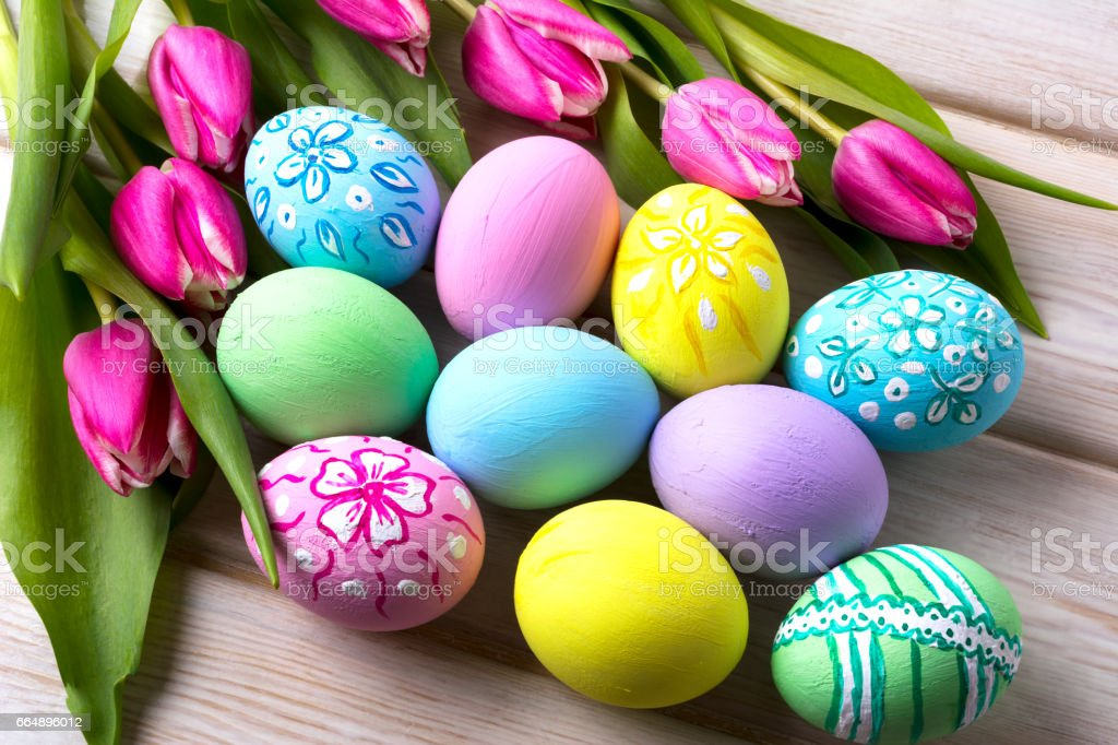 Easter vivid colors  hand painted eggs foto stock royalty-free