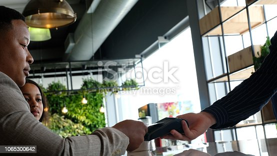 178974134 istock photo Easy contactless Card Payment 1065300642