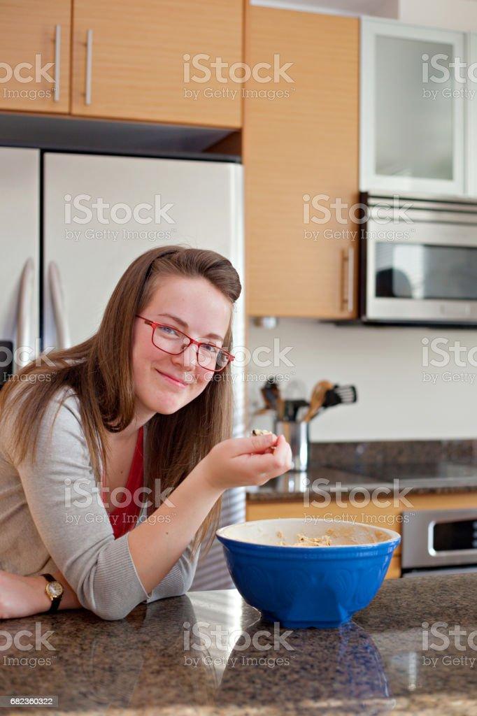 Äta kakan degen royaltyfri bildbanksbilder