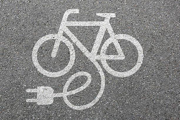 e-bike e bike ebike electric bike electro bicycle eco friendly - elektrorad stock-fotos und bilder