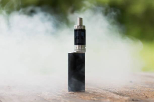 전자 담배 또는 vaping 장치 - 전자담배 뉴스 사진 이미지