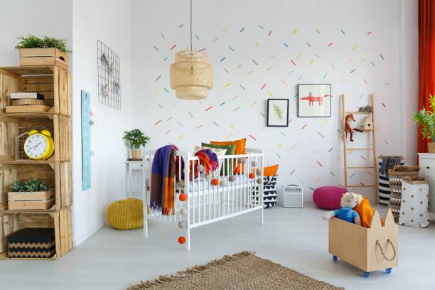 öko-möbel im kinderzimmer - fuchs kissen stock-fotos und bilder