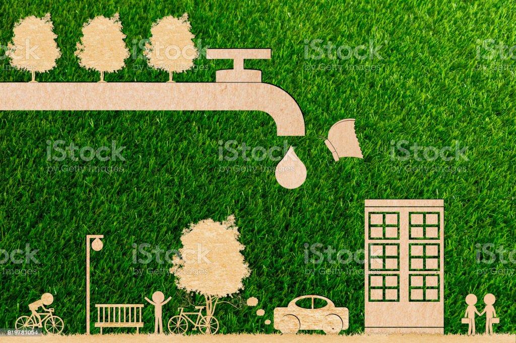Ecología concepto bosque agua ahorrar y árbol y mariposa gota toque vivo en entorno de corte de papel - foto de stock