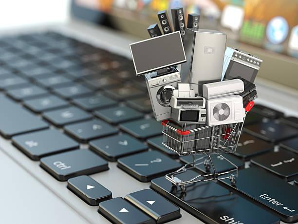 e-commerce oder online-shopping-konzept. haus appliances in shopping - freizeitelektronik stock-fotos und bilder
