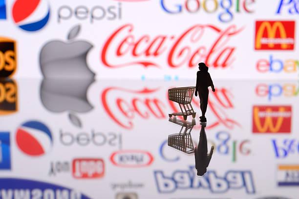 e-commerce - paypal foto e immagini stock