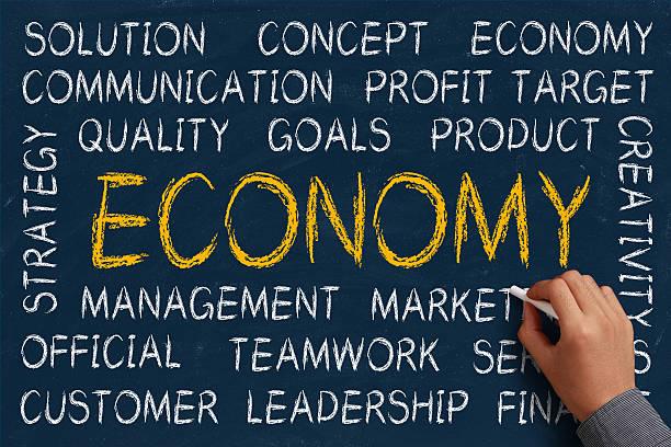 economy word cloud - matheblatt etiketten stock-fotos und bilder
