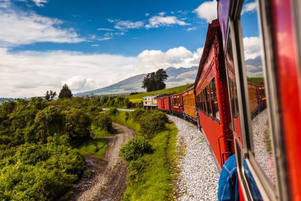 에콰도르 철도 - 에콰도르 뉴스 사진 이미지